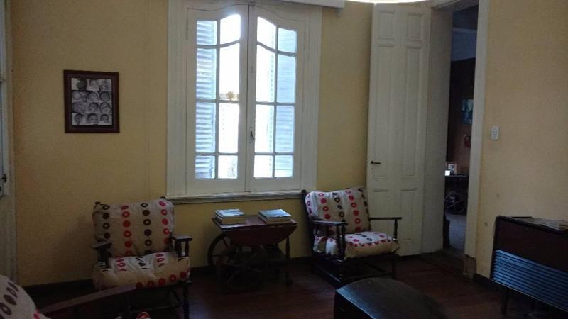 Foto Casa en Venta en  Adrogue,  Almirante Brown  Amenedo 962