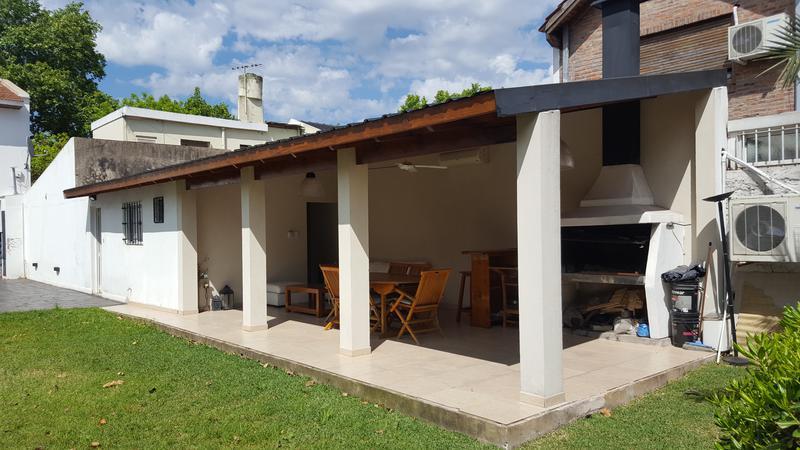 Foto Casa en Alquiler en  Banfield Oeste,  Banfield  French al 800