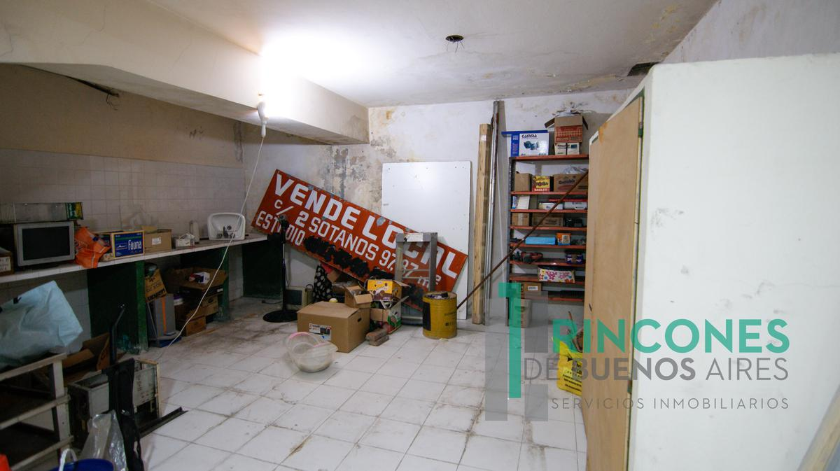 Foto Local en Venta en  San Telmo ,  Capital Federal  Salta al 1100