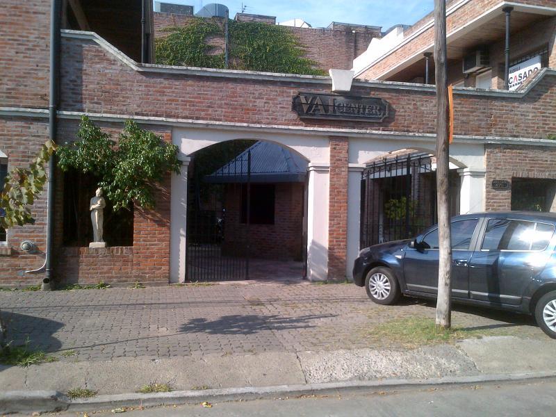 Foto Oficina en Alquiler en  Las Lomas-Hipod./Panam.,  Las Lomas de San Isidro  Coronel Cetz al 400