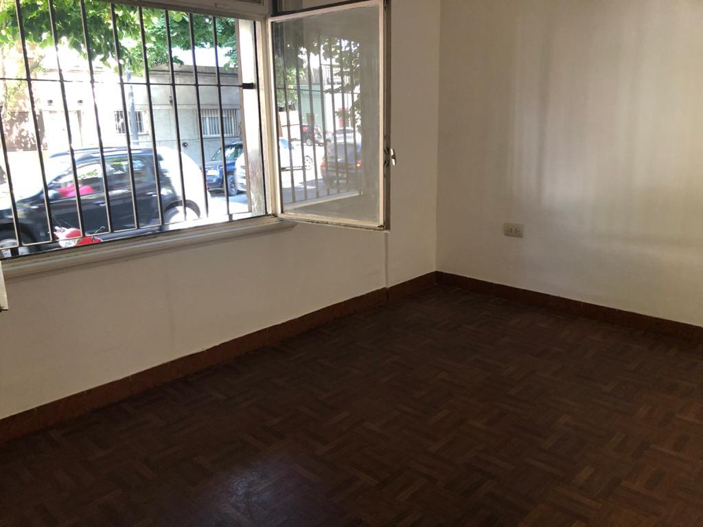 Foto PH en Venta en  Villa Crespo ,  Capital Federal  Loyola al 1000