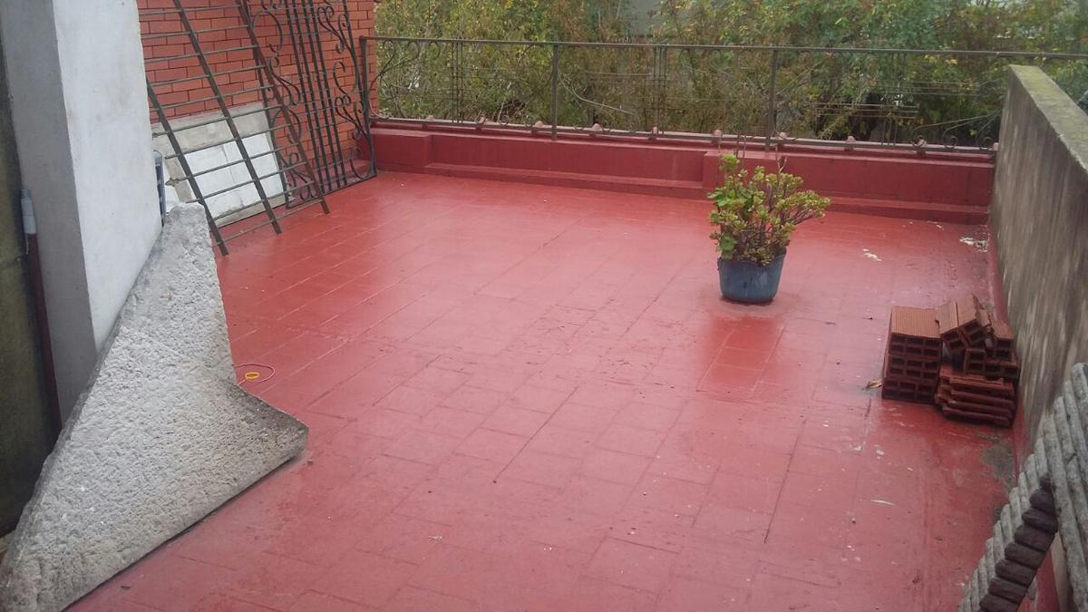 Foto Casa en Venta en  Gerli,  Avellaneda  ARENALES al 2200