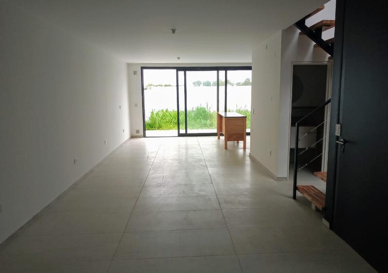 Foto Casa en Venta en  La Calandria,  Cordoba Capital  Duplex en La Calandria