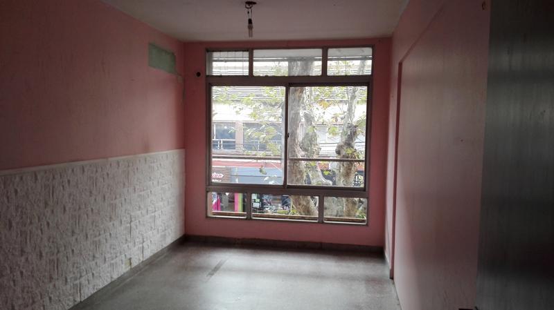 Foto Oficina en Alquiler en  Monte Grande,  Esteban Echeverria  Rojas 36