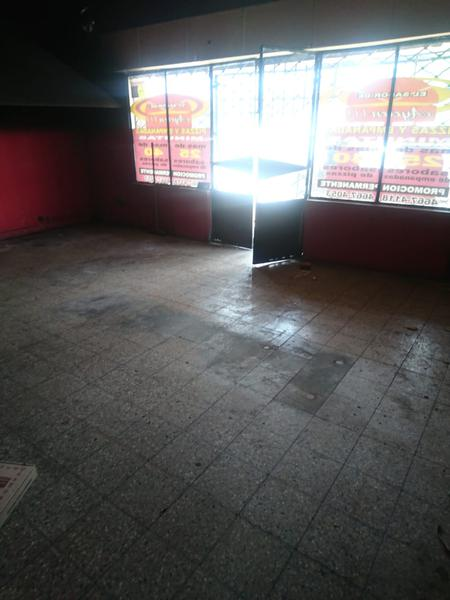 Foto Local en Alquiler en  San Miguel ,  G.B.A. Zona Norte  av pte peron al 3100