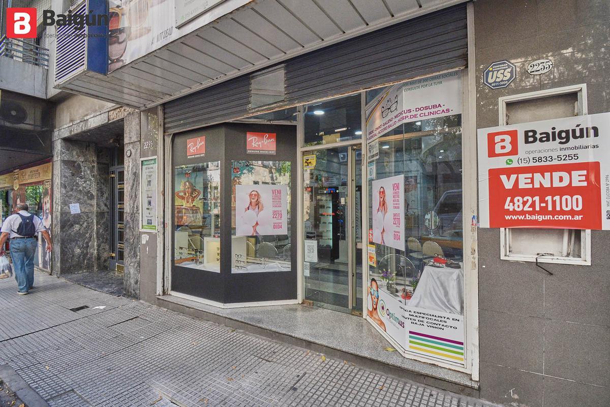 Foto Local en Venta en  Recoleta ,  Capital Federal  Marcelo T. de Alverar al 2200