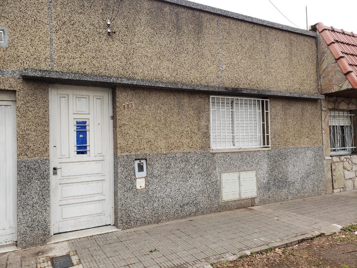 Foto Casa en Alquiler en  Azcuenaga,  Rosario  MATIENZO al 800