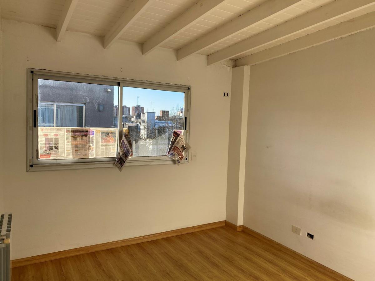Foto Departamento en Venta en  San Isidro,  San Isidro  Alsina 132, piso 3, depto 15