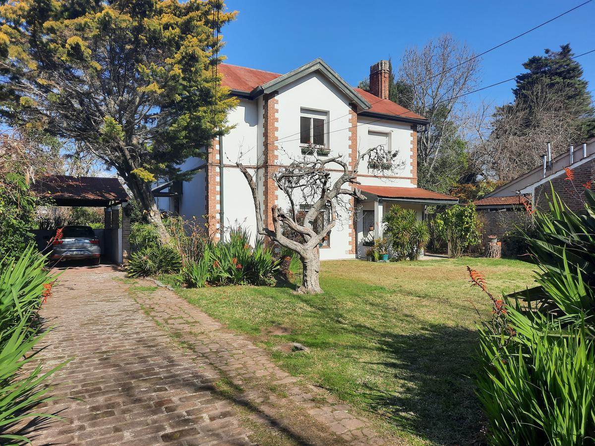 Foto Casa en Venta en  Temperley Oeste,  Temperley  Pringles al 100