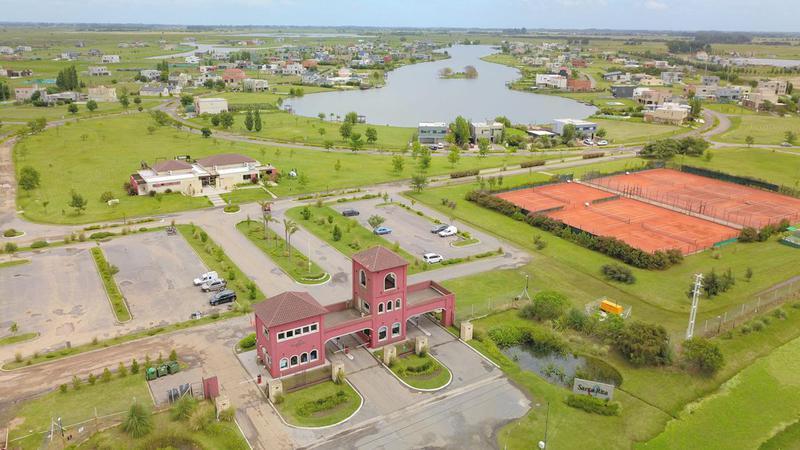 Foto Terreno en Venta en  Country Santa Rita,  Countries/B.Cerrado (San Vicente)  Oportunidad Lote  de 880 m2 en el Barrio Santa Rita