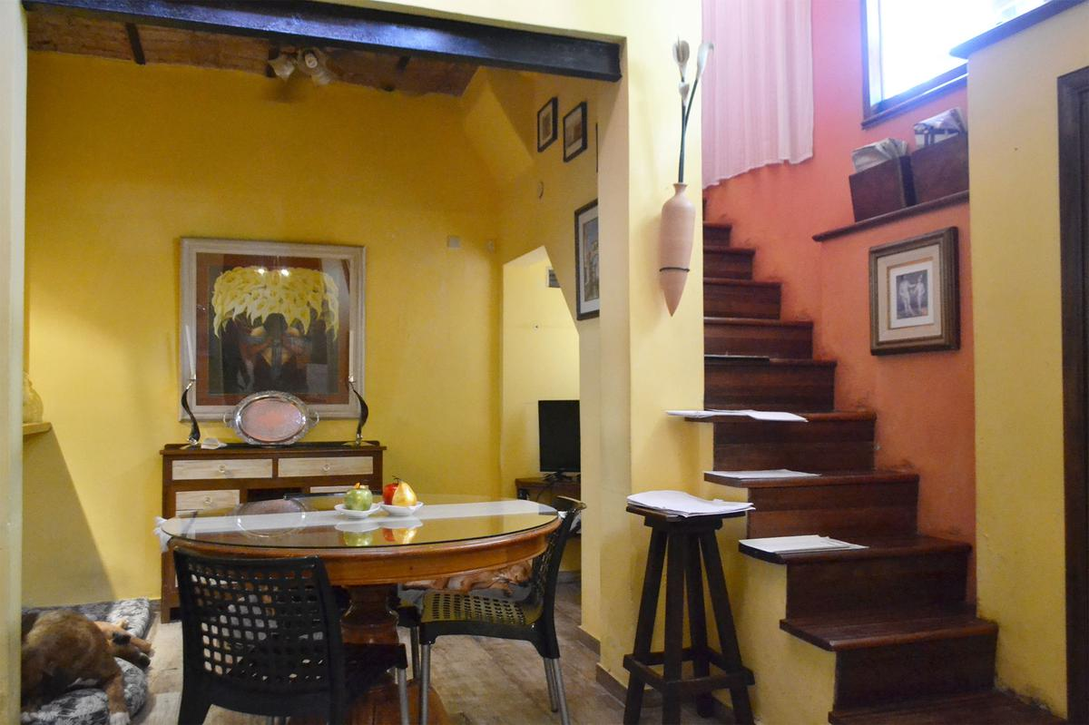Foto PH en Venta en  Villa Pueyrredon ,  Capital Federal  Bazurco al 2400