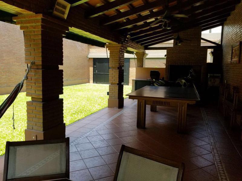 Foto Casa en Venta en  Barrio Norte,  San Miguel De Tucumán  Muñecas al 1800