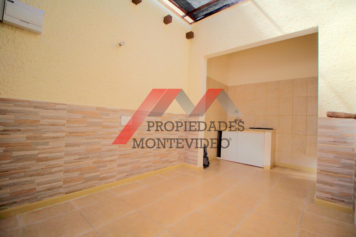 Foto Apartamento en Alquiler en  Aires Puros ,  Montevideo  Iberocahy al 3500