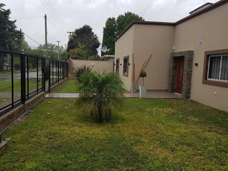 Foto Casa en Venta en  Pilar ,  G.B.A. Zona Norte  Arroyo 1136