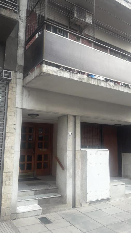 Foto Departamento en Alquiler en  Avellaneda,  Avellaneda  25 De Mayo al 200