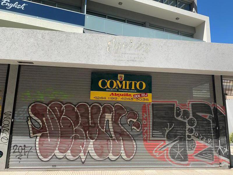 Foto Local en Alquiler en  Lomas de Zamora Oeste,  Lomas De Zamora  MITRE al 100
