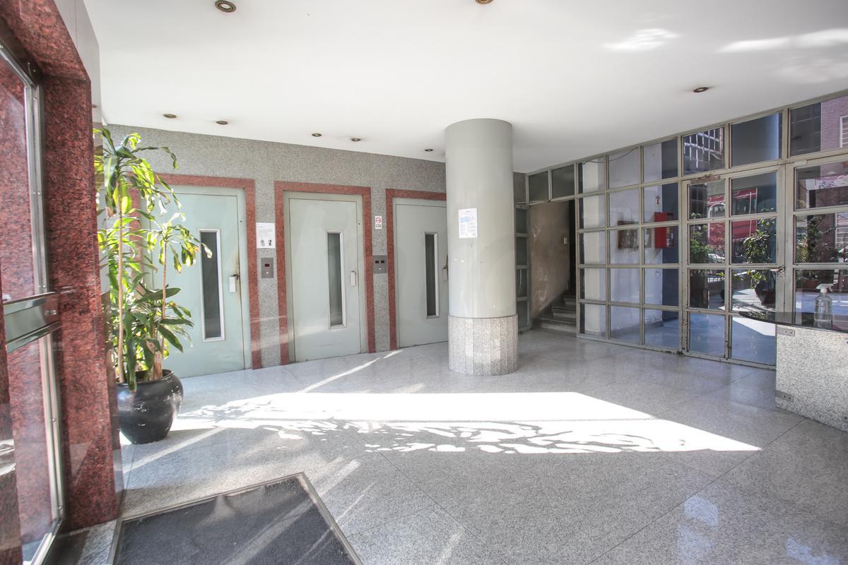 Foto Departamento en Venta en  Flores ,  Capital Federal  San Pedrito 8 14° D