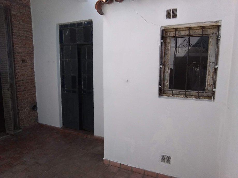 Foto PH en Alquiler en  Lanús Este,  Lanús  Basavilbaso al 1329
