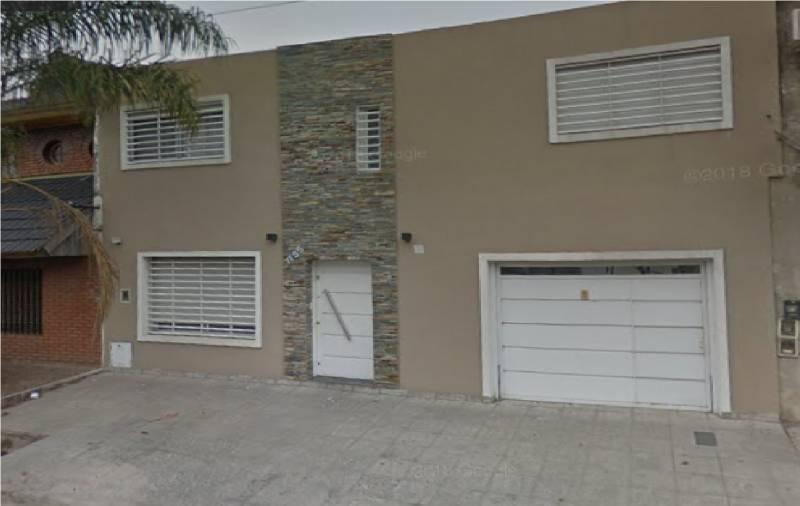 Foto Casa en Venta en  Ciudad Madero,  La Matanza  Araoz al 1100