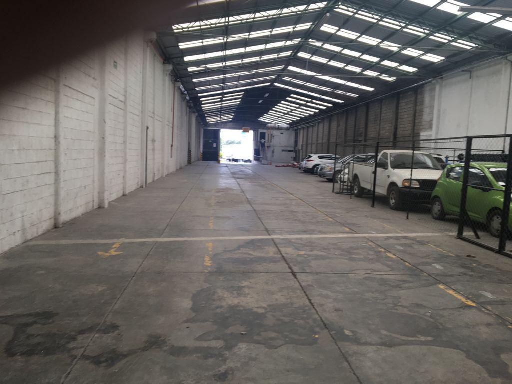 Foto Bodega Industrial en Renta en  San Bernardino Tlaxcalancingo,  San Andrés Cholula  RENTA DE BODEGA EN CARRETERA FEDERAL ATLIXCO