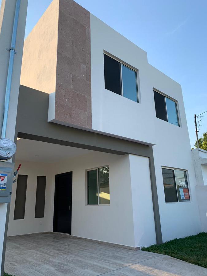 Foto Casa en Venta    en  Americana,  Tampico  Calle Moctezuma Col. Americana