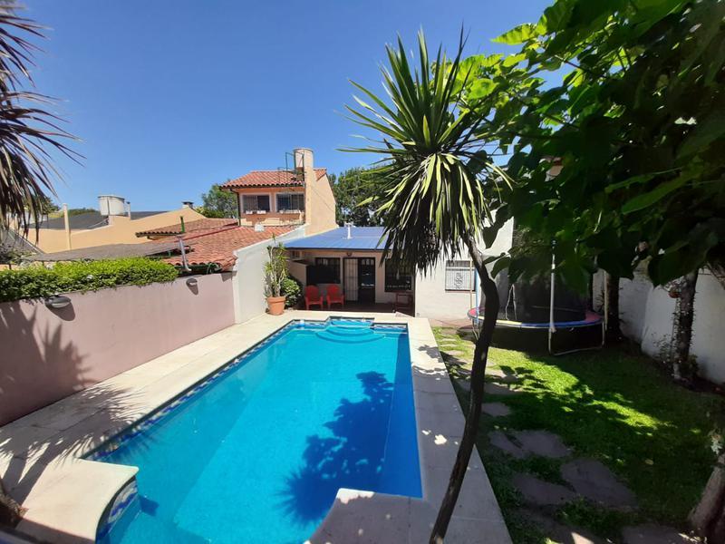 Foto Casa en Venta en  Carapachay,  Vicente López  JOSE INGENIEROS al 5500