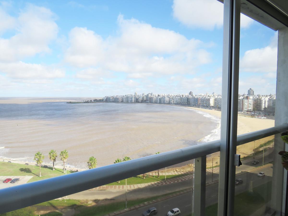 Foto Apartamento en Alquiler en  Pocitos ,  Montevideo  Rambla República del Perú esquina Marco Bruto