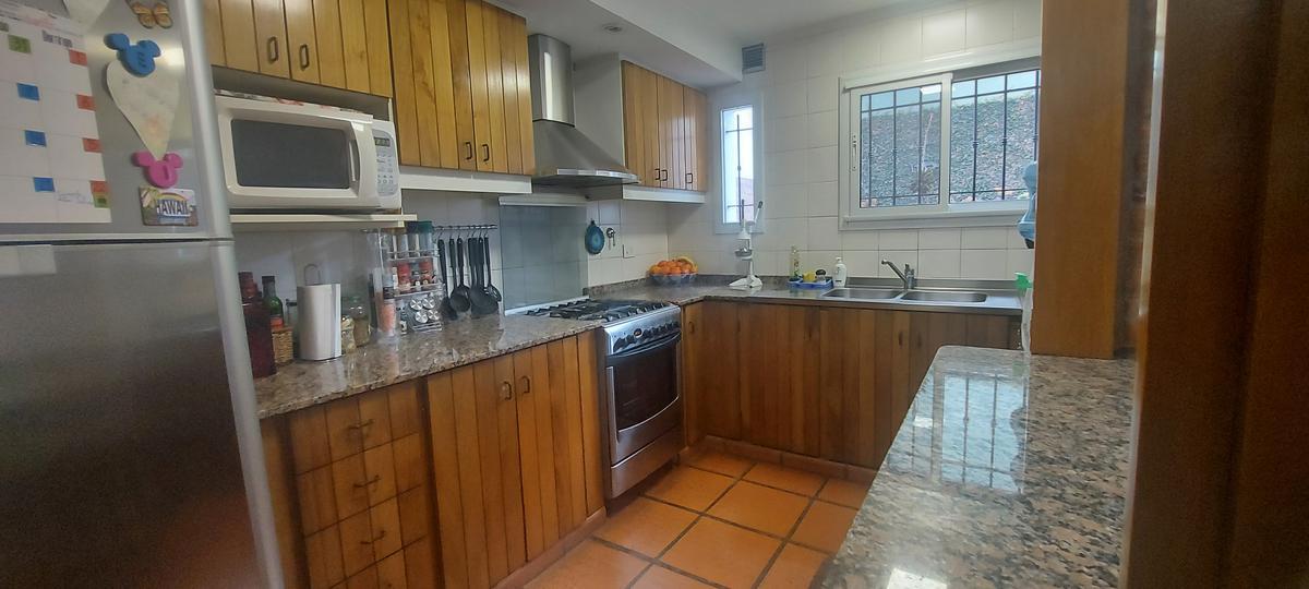 Foto Casa en Venta en  Beccar,  San Isidro  GUIDO al 100