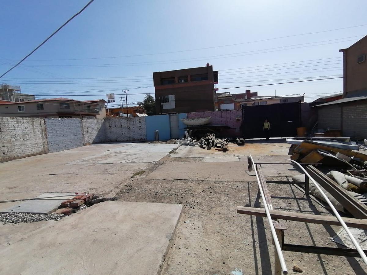 Foto Terreno en Renta en  Col. Libertad,  Tijuana  RENTAMOS EXCELENTE TERRENO 360 MTS² MUY COMERCIAL.