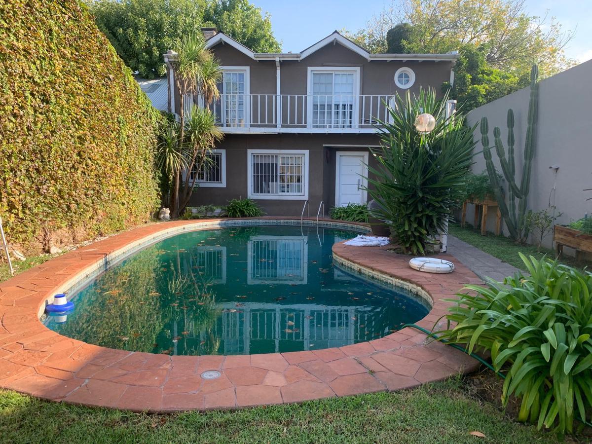 Foto Casa en Venta en  S.Fer.-Vias/Centro,  San Fernando  Besares 200