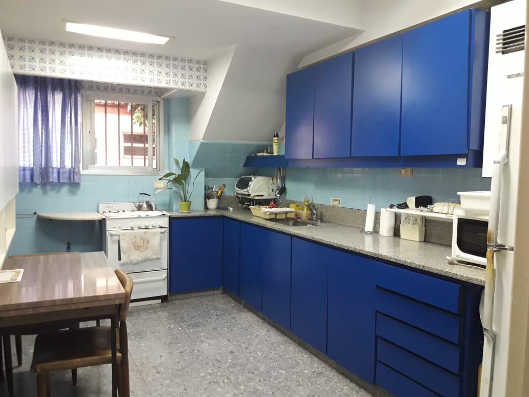 Foto Oficina en Venta en  S.Isi.-Centro,  San Isidro  Rivadavia al 300