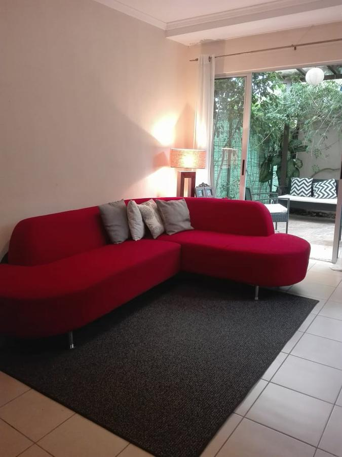Foto Casa en condominio en Venta en  Santa Ana ,  San José  Casa en Condominio con Jardín / $115000