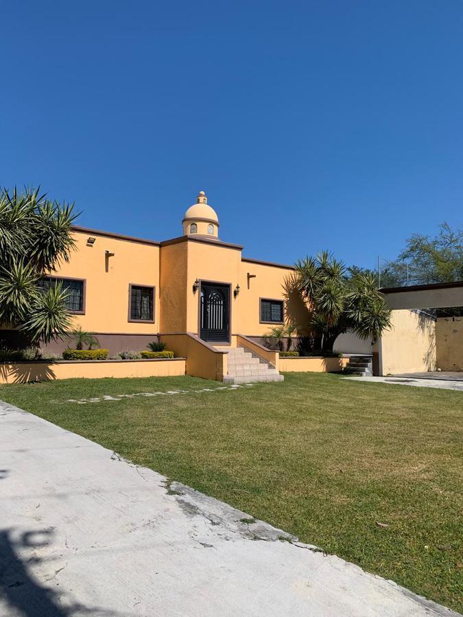 Foto Quinta en Venta en  Cadereyta Jiménez ,  Nuevo León  Fracc. Misión Antigua