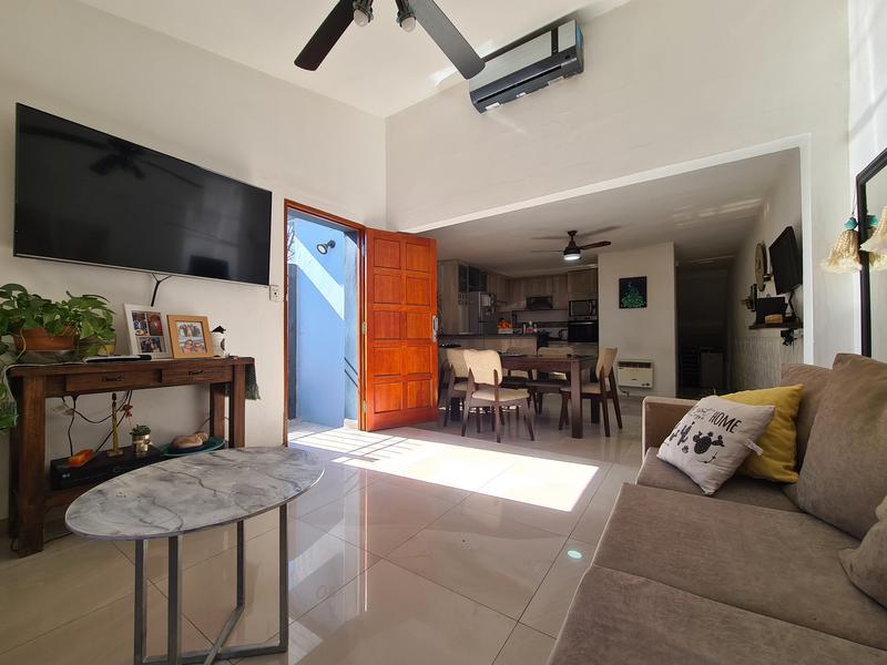 Foto Casa en Venta en  Camara,  Alta Gracia  Duplex Frente a Colegio Nacional-B° Camara