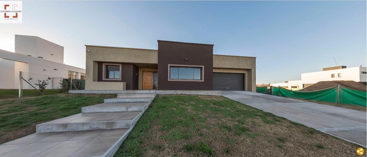 Foto Casa en Venta en  La Cascada Country,  Cordoba Capital  La Cascada M6 L29