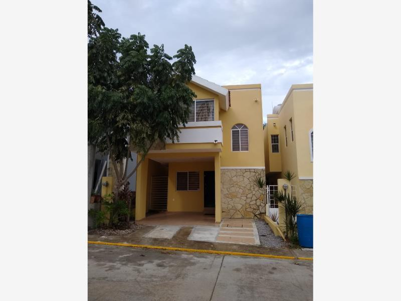 Foto Casa en Renta en  Fraccionamiento Floresta,  Altamira  FLORESTA