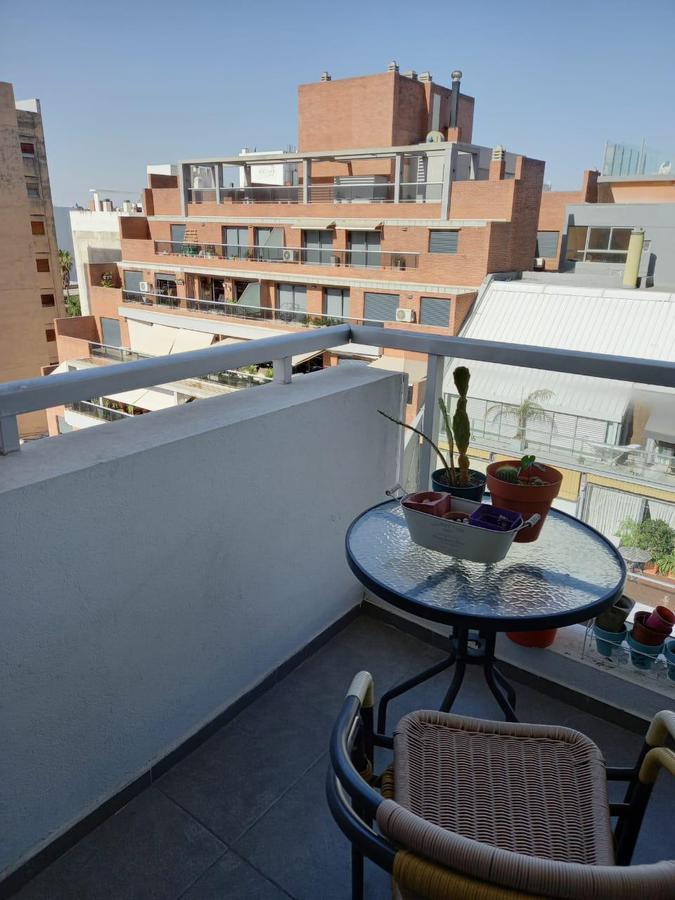 Foto Departamento en Venta |  en  General Paz,  Cordoba Capital  Impecable * Un dormitorio * Balcón * General Paz