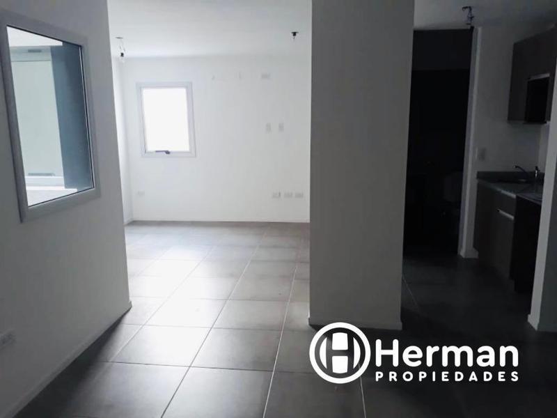 Foto Oficina en Alquiler en  Quilmes,  Quilmes  Lavalle esquina Alem