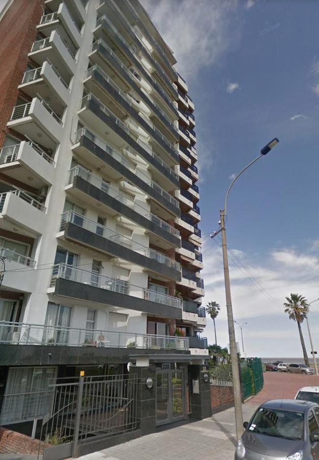 Foto Apartamento en Venta | Alquiler |  en  Malvín ,  Montevideo  Rambla de Malvin y Concepcion del Uruguay  - monoambiente