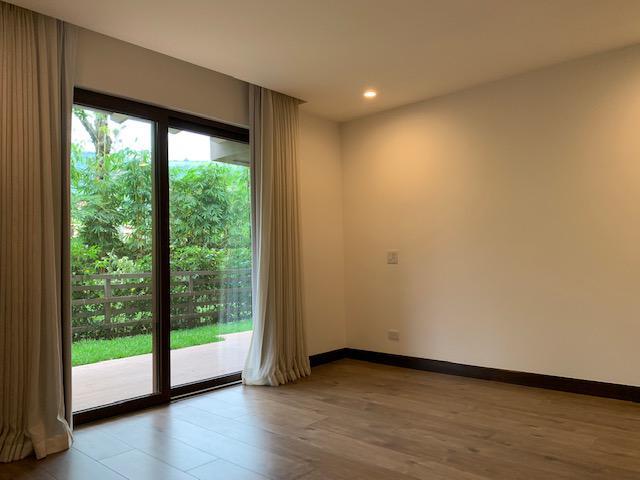 Foto Departamento en Renta en  San Rafael,  Escazu  Escazu/ Moderno/ Tres habitaciones/ Electrodomésticos/Terraza y jardin