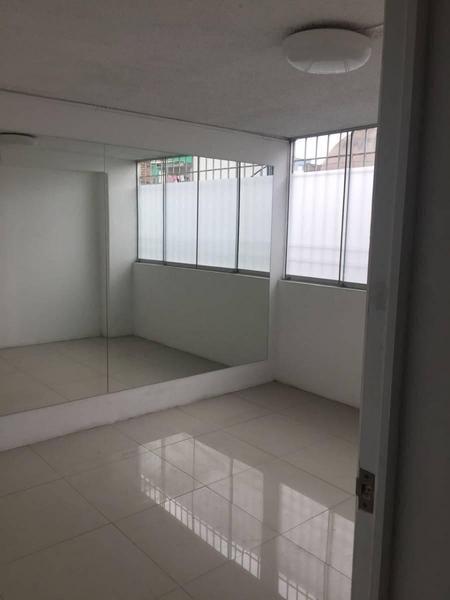 Foto Oficina en Venta en  Lince,  Lima  Calle Ignacio Merino cdra 17 y 18