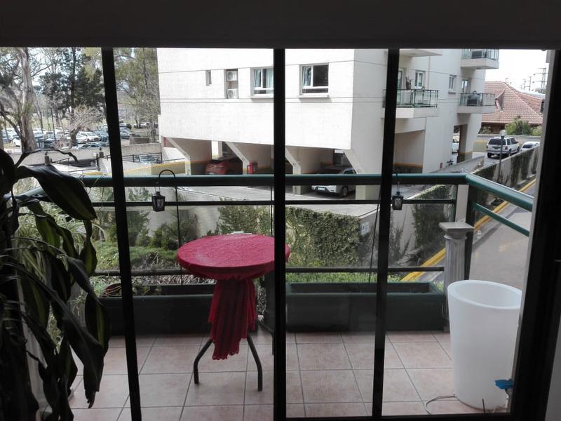 Foto Departamento en Venta en  Tigre ,  G.B.A. Zona Norte  MONTEVIDEO  al 1500