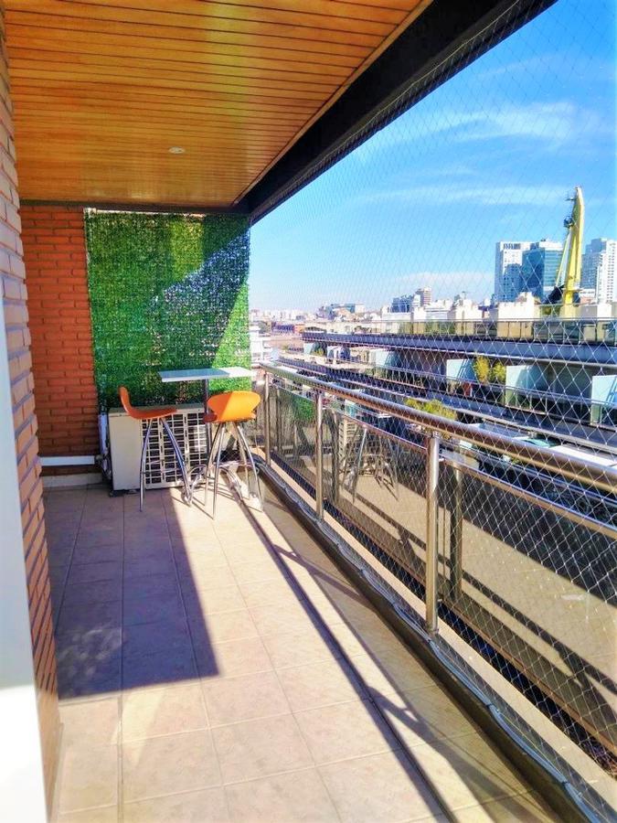 Foto Departamento en Alquiler en  Puerto Madero ,  Capital Federal  Con o sin Muebles---Piso  Exclusivo en  Puerto Madero con vista al agua en edificio de categoría!  2 cocheras , gran vista al dique .   Amenities