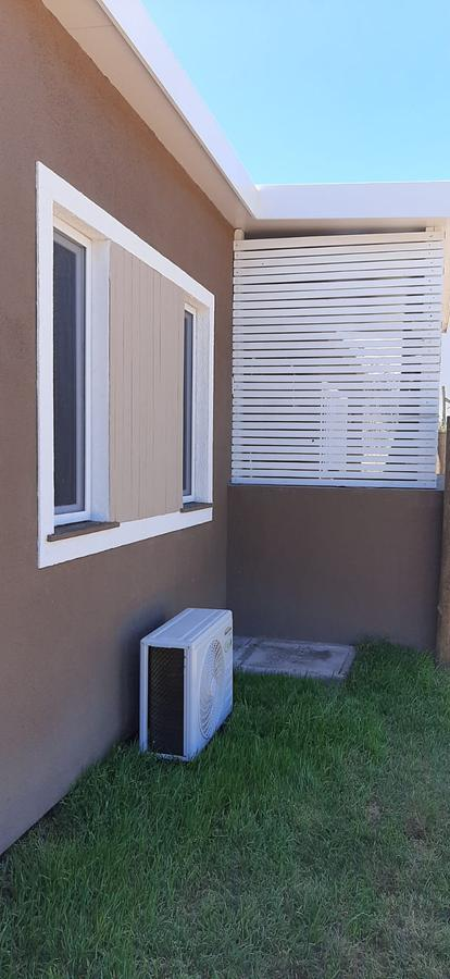 Foto Casa en Venta en  La Barra ,  Maldonado  LA BARRA FRENTE PLAZA