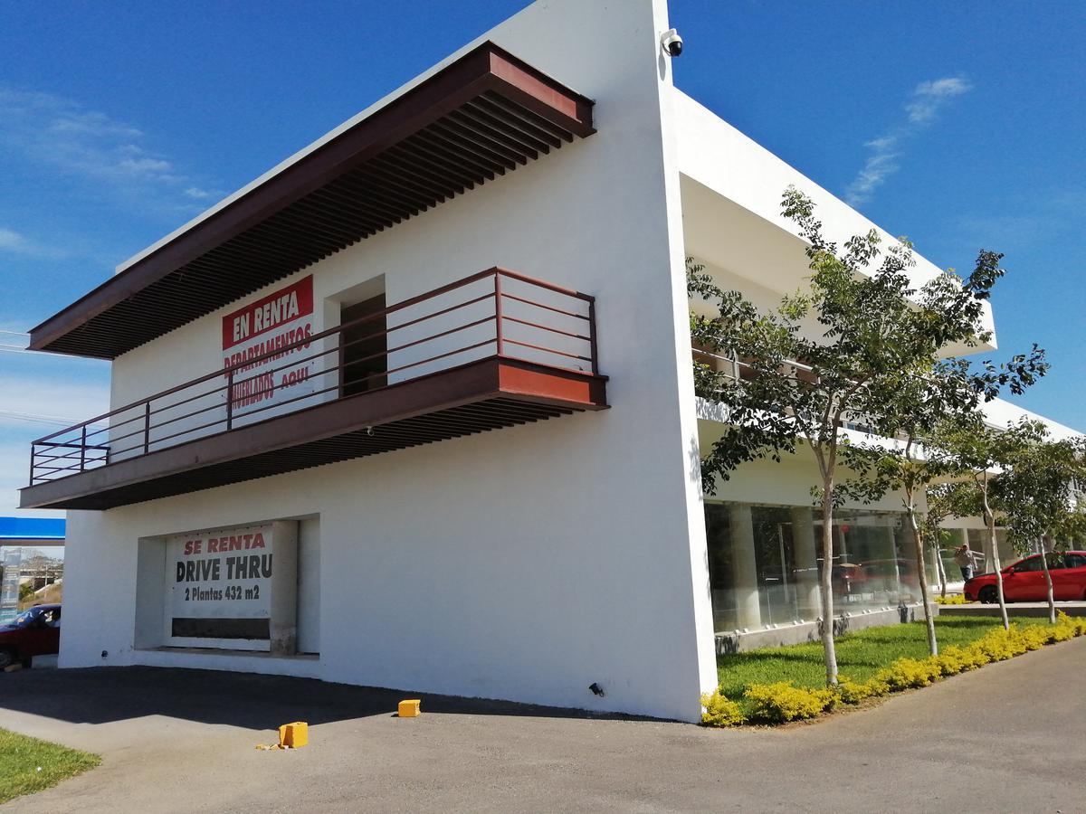 Foto Local en Renta en  Fraccionamiento Jardines Del Norte,  Mérida  Local De 432 m2 Con Drive Thru En Avenida Zona Norte