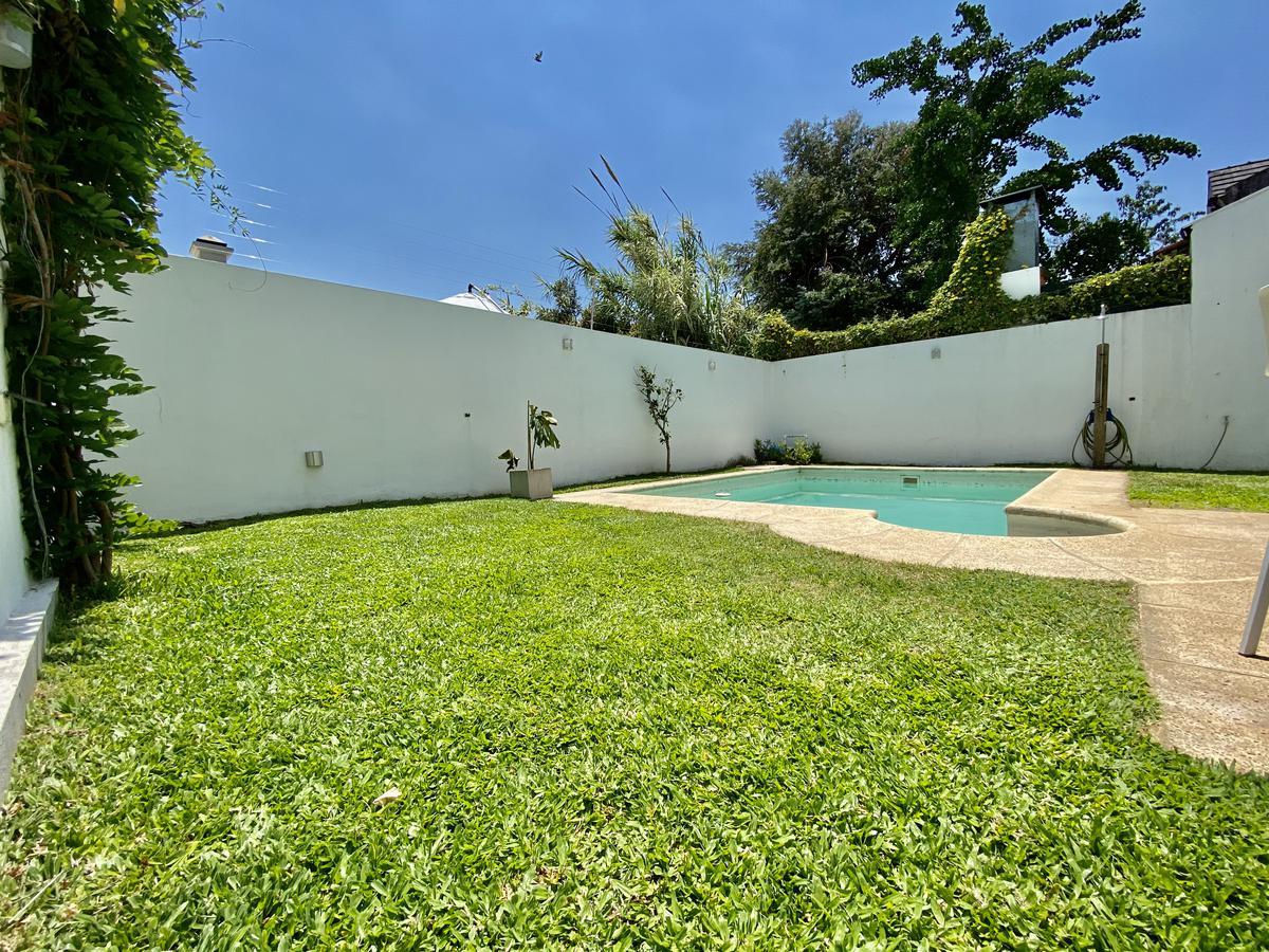 Foto Casa en Venta en  Martinez,  San Isidro  Pasteur al 900