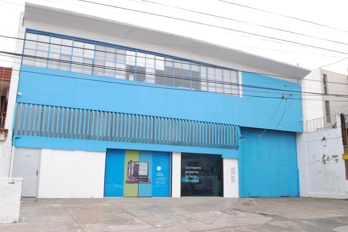 Foto Galpón en Venta en  Sarmiento,  Rosario  Jose Hernandez al 700