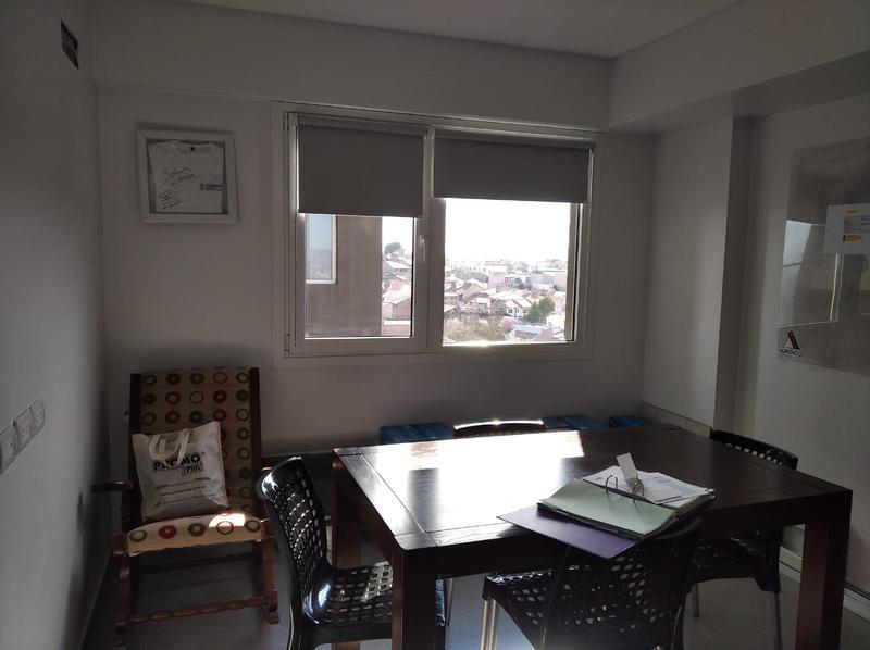 Foto Departamento en Venta en  Capital ,  Neuquen  Av San Juan al 1200