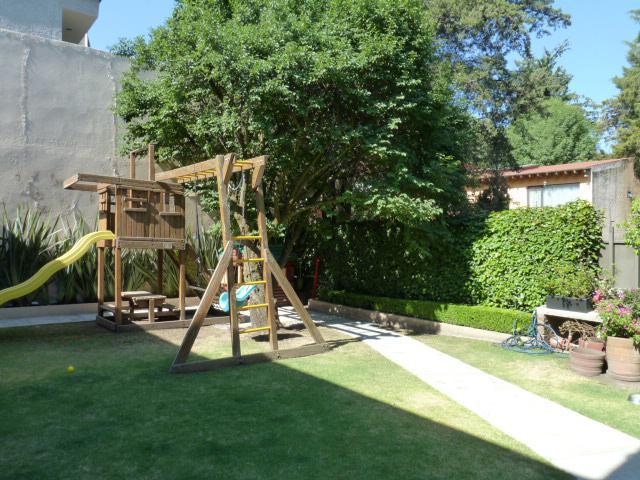 Foto Casa en Renta en  La Herradura,  Huixquilucan  CASA EN RENTA LA HERRADURA.seguridad,jardín,luminosa