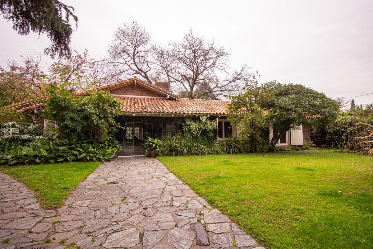 Foto Casa en Alquiler en  Don Torcuato,  Tigre  Balbastro al 1500